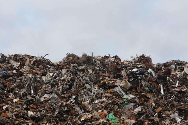 disposal dump garbage 862px