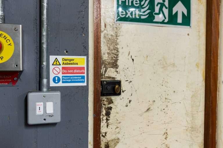 Label asbestos