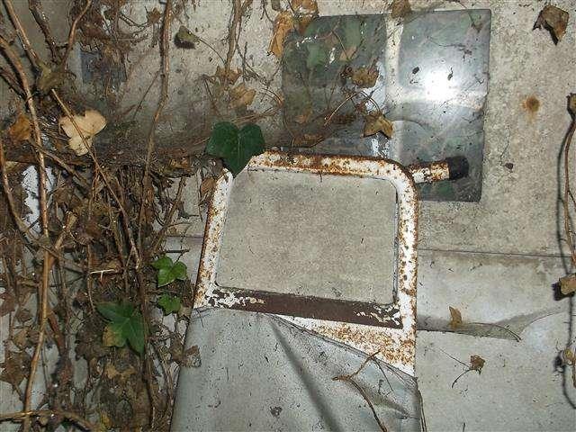 Asbestos cement ironing board panel