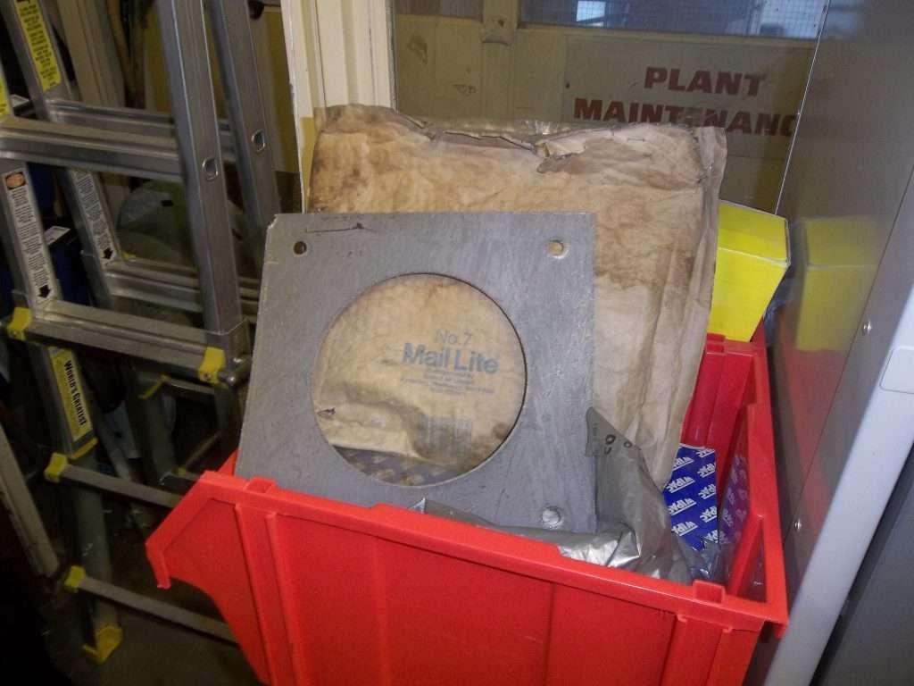 Asbestos gasket within store room
