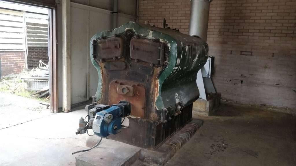 Asbestos insulation to Robin Hood boiler