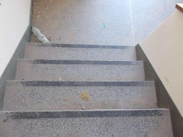 Asbestos resin stair treads