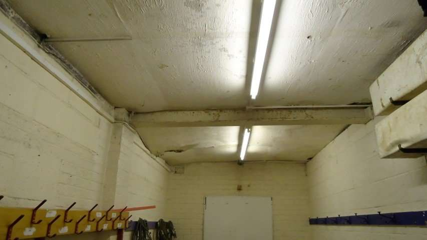 Asbestos Textured Coating to Ceiling